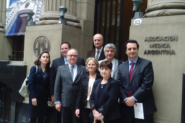At the front door of the Argentine Medical Association Building (AMA) founded in 1891.  Front row, left to right: Dr Veridiana Camargo (Sao Paulo); Dr Steven Kalkanis (USA); Dr Jose M Rotta (Sao Paulo, Brazil), Dr Alejandra T Rabadán (Argentina); Dr Ana M Martínez (Argentina).  Back row, left to right: Dr JJ Mezzadri (Argentina); Dr Ricardo Ramina (Curitiba) and Dr Marcos Maldaun (Sao Paulo).